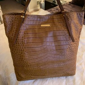 09f4bf8c17f8 Michael Kors Collection Bags | Xlarge Addington Tote | Poshmark